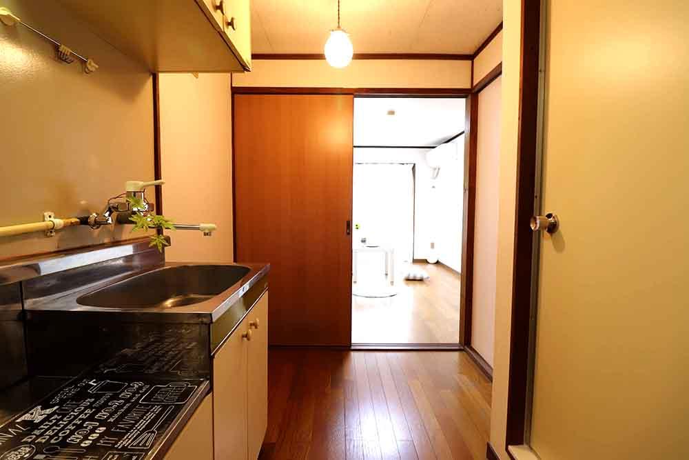 上津:キッチン2