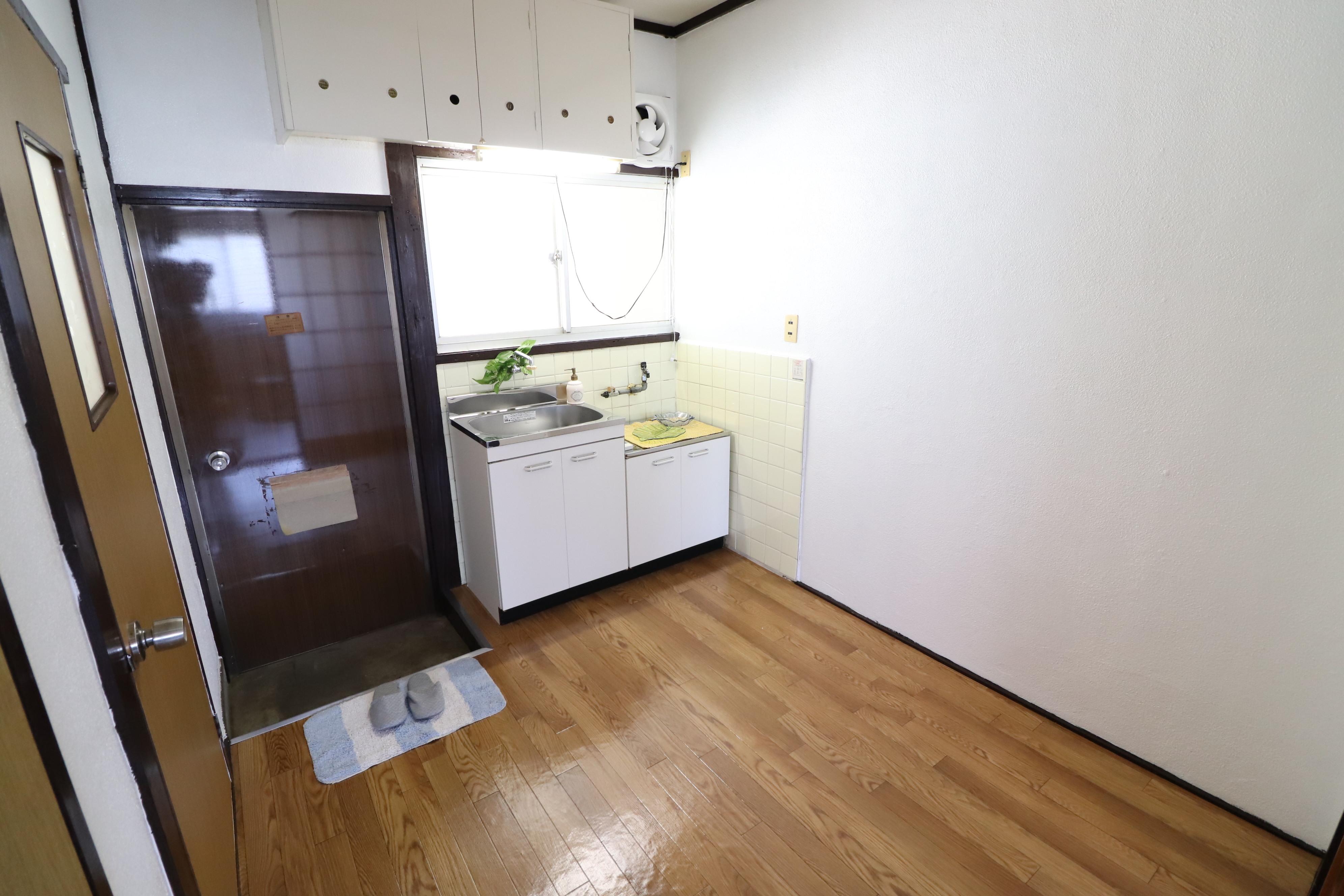 F的場:キッチン
