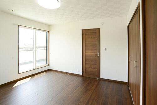 部屋:窓:ドア